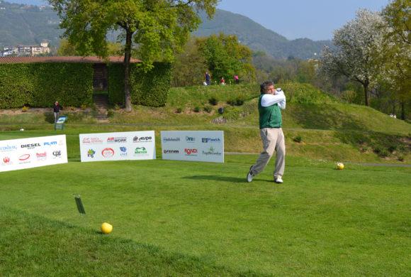 Non c'è due senza tre: all'Albenza una bella domenica di golf