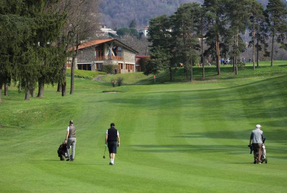 Bergamo Golf for Charity, all'Albenza un avvio baciato dal sole